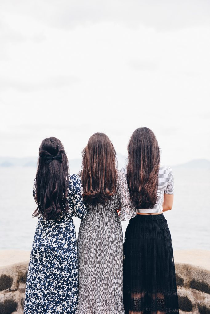 Female friendship -- photo courtesy of Suhyeon Choi on Unsplash